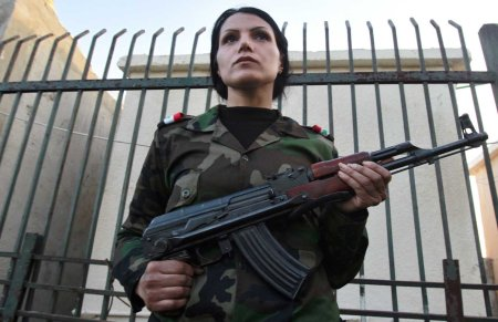 Syria female sodiers 7