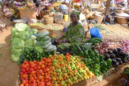 8 African market 6