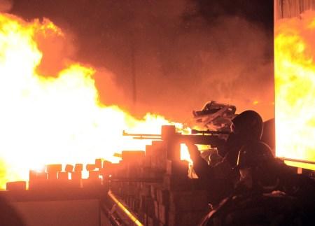 Ukraine riots 25 s