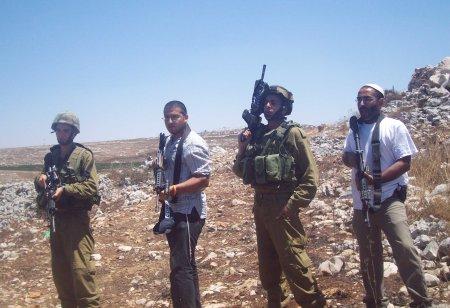 Israeli Settlers Soldiers