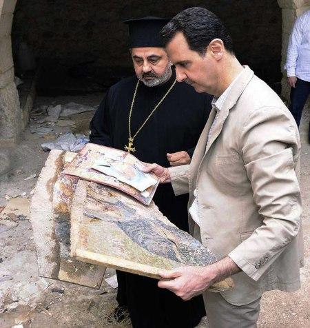 Assad visits Maaloula 2