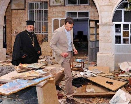 Assad visits Maaloula 5