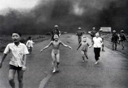 vietnam war napalm attack