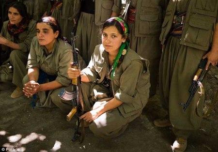 Kurdish female fighters b