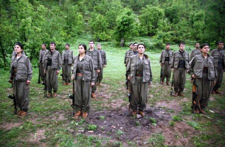 Kurdish women fighters 12