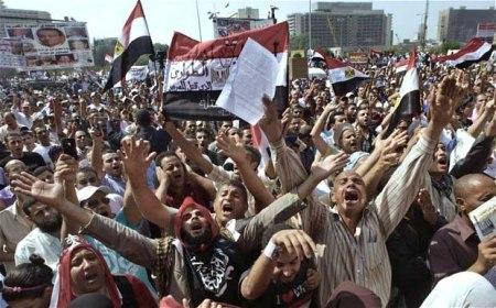 Tahrir Square b4