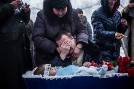 funeral Ukraine child