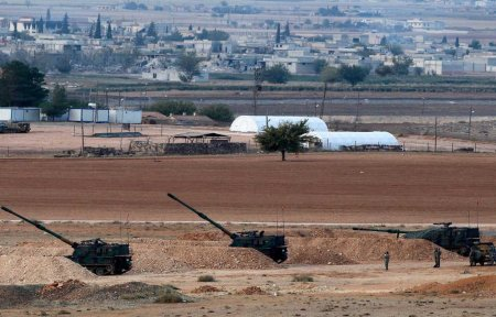Turkis artillery Azaz