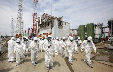 workers Fukushima 2012