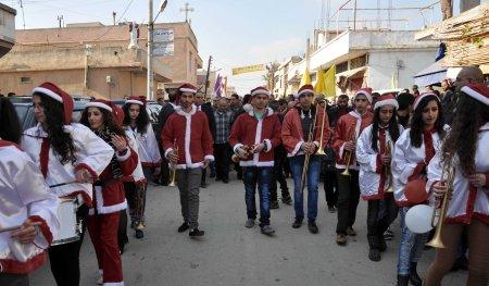 christman-parade-1